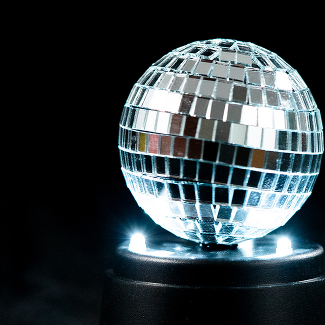EVERMORE Silvery Rotatable Mosaic Ball With Headphone Hole LED Light